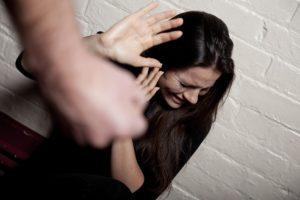 Если муж избил жену что ему грозит. Какое наказание ожидает за групповое избиение? Какое наказание предусмотрено за избиение супруги