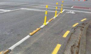 Пдд желтая разметка вдоль бордюра. Желтая разметка, нанесенная на дороге, – что это значит